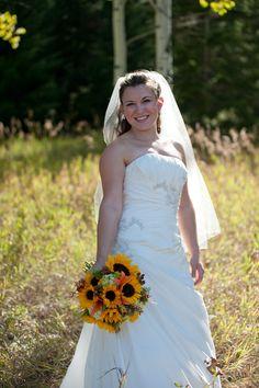 Perfect end of September bride~Stems Flower Shop