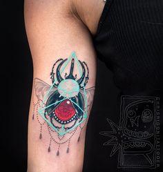 Ulige: Surreais, geométricas e coloridas: confira a arte em tatuagem do artista Chris Rigoni