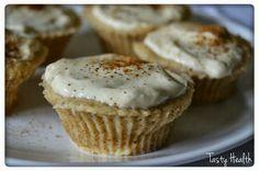 2 minutes Banana and cinnamon cupcakes with vanilla andpeanut rosting