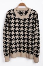 Apricot Long Sleeve Houndstooth Pullover Sweater $29.84