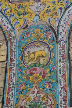 Golestan Palace in Tehran Architecture Unique, Persian Architecture, Ancient Persia, Bagdad, Persian Culture, Iranian Art, Tile Art, Tile Painting, Sacred Art