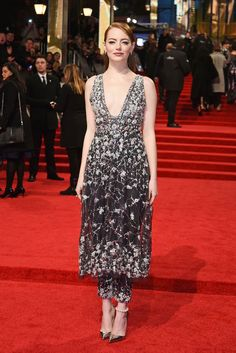 All the best red carpet looks from the Baftas 2017 at the Royal Albert Hall.