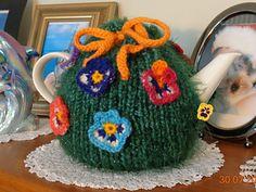 Gladys Tea Cosy pattern by Anette Wallis