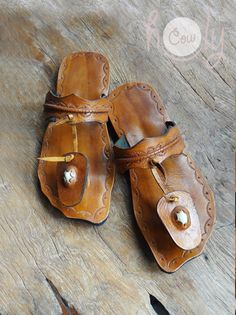 Hey, I found this really awesome Etsy listing at https://www.etsy.com/listing/130948628/beautiful-handmade-leather-sandals