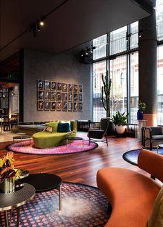 hotel reception Hotels are magical places. Get ins - hotel Design Entrée, Design Lounge, Lounge Decor, Design Trends, Hotel Lobby Interior Design, Luxury Hotel Design, Luxury Hotels, Urban Deco, Hotel Foyer
