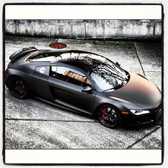 Very very cool Audi R8! EPIC!