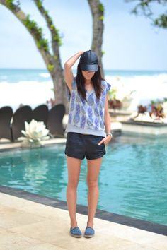 outfit leather shorts chanel espadrilles