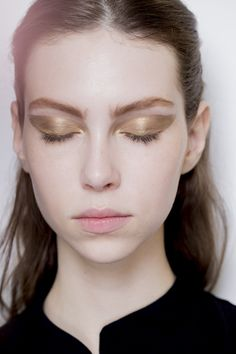 Christian Dior Fall 2016 Haute Couture Backstage Beauty #pfw