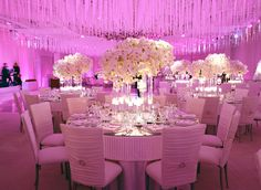 Brace yourself because these gorgeous wedding receptions will knock your socks off. Ballrooms and tents, featuring all styles; classic,contemporary and even whimsical, these decor ideas are anything but average. Pick your favorite and get some inspiration for your own wedding! Photography Mel Barlow via Inside Weddings Design / via : Mindy Weiss Design / via read more...