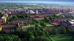 [미국 대학 탐방 - 20] 오클라호마 주립대학 Oklahoma State University 수준높은 수의학과 보유한 OSU  오클라호마 주립대학교(Oklahoma State University)는 오클라호마 주립대학교 시스템의 본교로1890년에 세워진 공립대학교이다.  오클라호마 주립대학교 시스템안에는 스틸워터 캠퍼스와 털사 캠퍼스, 오클라호마 시티 캠퍼스가 있으며 각각 독립성을 유지하면서도 통합운영되고 있다.  오클라호마 주립대학교는 2015년 US뉴스가 선정한 우수 국립대학 145위에 랭크됐다.  하지만 오클라호마 주립대학교의 수의학과는 미 전체에서 22위를 기록해 Texas A&M 에 이어 두번째로 높은 수준을 자랑한다.  1,489에이커 규모의 캠퍼스에 총 2만 493명의 학부생들이 재학중이다. 오클라호마대학교 등록금은 인스테이트는 7,442달러, 타주 거주학생 및 유학생은 2만 27달러다.