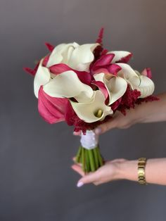 #букетневесты #свадьбацветы #невестацветы #букетневестысдоставкой #букетневестыдоставка #доставкабукетневесты #букетневестымосквадоставка #букетневестымосква #купитьбукетневестымосква #купитьбукетневесты #свадьбадекор #невестабукет #бутоньерка Rose, Flowers, Plants, Wedding, Valentines Day Weddings, Pink, Plant, Roses, Weddings