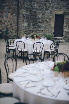 Bold & Elegant Reception Tables / Stefan & Ashwini's Symbolic Indian Wedding in Tuscany on The LANE / Photography by Lelia Scarfiotti