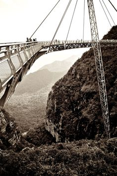 30 of the most fabulous and unique bridges of the world