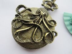 I love pocket watches, old-school nautical style stuff, and octopi :D:D