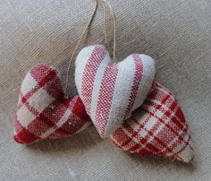 red and white linen hearts ♥