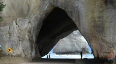 Cathedral Cove, Auckland - An iconic attraction in the Coromandel. A 45 minute walk on foot (no access by vehicle) will take you one of the most photographed spots in New Zealand. Auckland, New Zealand, Cathedral, Things To Do, Painting, Messages, Things To Make, Paintings, Cathedrals