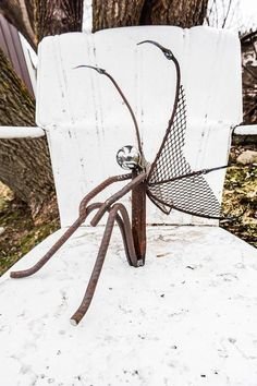 70 Best Metal Garden Art Design Ideas For Summer - Yard decorations - Garden Metal Yard Art, Metal Tree Wall Art, Scrap Metal Art, Metal Artwork, Recycled Metal Art, Leaf Wall Art, Metal Wall Decor, Metal Art Projects, Welding Projects