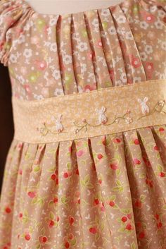 Those bunnies just MAKE the dress! Using boullion a to make bunnies? Little Dresses, Little Girl Dresses, Cute Dresses, Girls Dresses, Kids Frocks, Frocks For Girls, Toddler Dress, Baby Dress, Clothing Patterns