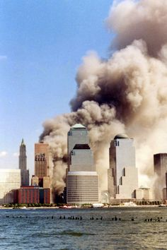 World Trade Center 11 September 2001 World Trade Center Attack, Trade Centre, We Will Never Forget, Lest We Forget, Don't Forget, United Airlines, Twin Towers Collapse, 911 Twin Towers, Wtc 9 11