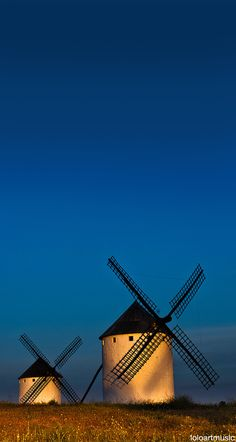 Windmills, Campo Criptana, Ciudad Real, Spain by nannie Places Around The World, Travel Around The World, Around The Worlds, Places To Travel, Places To See, Wonderful Places, Beautiful Places, Magic Places, Spain And Portugal