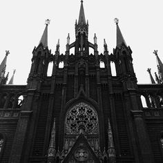 107 Awesome Gothic Architecture Inspirations That You Must Know - Fancytecture Nature Architecture, Gothic Architecture, Ancient Architecture, Duomo Milano, Medieval, Gothic Castle, Gothic Cathedral, Yennefer Of Vengerberg, By Any Means Necessary