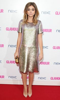 Sara Hyland wears a Gucci t-shirt dress, Roger Vivier Clutch, Givenchy earrings & Zoe and Morgan Ring to The Glamour Women of the Year Awards