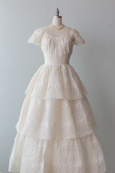 Plain Wedding Dress, Wedding Gowns, Vintage 1950s Dresses, Ball Gowns, Boutique, Eyelet Lace, Cap Sleeves, 1940s Wedding, Full Skirts