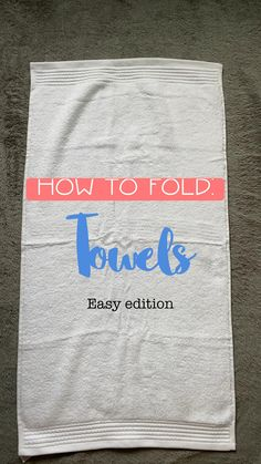 Diy Clothes Life Hacks, Clothing Hacks, Simple Life Hacks, Useful Life Hacks, Diy Crafts Hacks, Diy Crafts To Sell, Diy Fashion Hacks, 5 Minute Crafts Videos, How To Fold Towels