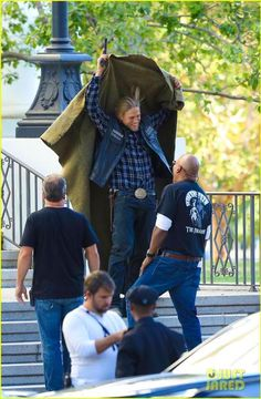 Jax (Charlie Hunmam) and crew preparing for the reaper.