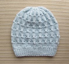 Hat_in_bluebell_rib_for_a_lady_small