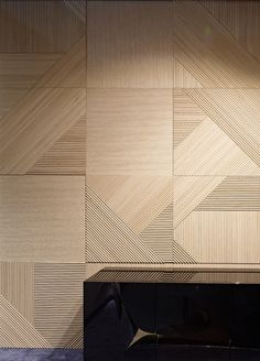 Home Decor Ideas Eclectic Pin from emmemobili.Home Decor Ideas Eclectic Pin from emmemobili. Wood Wall Texture, Wall Finishes, Decorative Panels, Wall Cladding, Wood Interiors, Inspiration Wall, Wood Paneling, Panelling, Wall Patterns