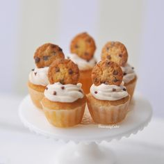 "HeavenlyCake miniatures on Instagram: ""Chocolate chip cookie cupcakes🍪🍪I also want to make strawberry and green tea cookie cupcakes. Then will be set of 3!…"""