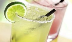 Hűsítő citromfű szörp a kánikulai napokra - Balkonda recept Cocktail Margarita, Skinny Margarita, Margarita Mix, Mojito, Perfect Margarita, Lemonade Cocktail, Cocktail Mix, Cocktail Shaker, Cocktail Drinks