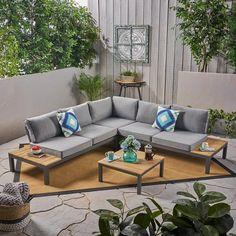 Resin Patio Furniture, Patio Furniture Cushions, Diy Garden Furniture, Furniture Decor, Geek Furniture, Furniture Arrangement, Pallet Furniture, Antique Furniture, Furniture Layout