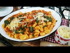 Ñoquis de papa y queso con salsa de tomate y pesto - Recetas – Cocineros Argentinos