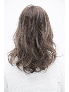 My hair would look something like this, but I'm not sure I like the rounded ends. Permed Hairstyles, Summer Hairstyles, Pretty Hairstyles, Curly Haircuts, Medium Hair Styles, Curly Hair Styles, Hair Arrange, Hair Looks, Hair Trends