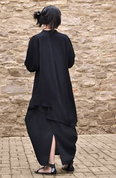Veronica Jacket in Black Papyrus Vetements Clothing, Androgynous Fashion, Fashion Beauty, Womens Fashion, Clothes Horse, Japanese Fashion, Dress Patterns, Passion For Fashion, Cool Outfits