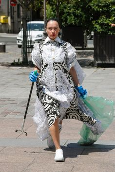 For Paris Haute Couture the Dutch fashion design duo Schueller de Waal teams up with Pik Pik Environnement to present its first Collaborative Cleaning Initiative named 'Litter', supported by the city of Paris. Cleaning Uniform, French Online, Leftover Fabric, Young Designers, Couture Week, Couture Collection, Fashion Show, Fashion Design, Cool Kids