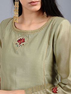 Green Embroidered Silk Chanderi Kali Kurta with Zari Work Pakistani Couture, Pakistani Outfits, Kurta Designs Women, Blouse Designs, Simple Dresses, Dresses For Work, Embroidered Kurti, Kurta Neck Design, Sleeves Designs For Dresses