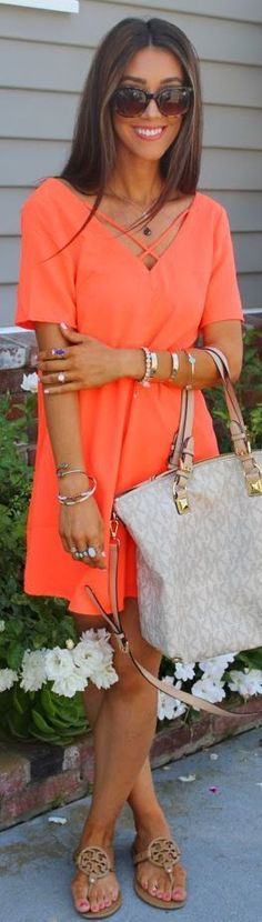 Street style | Coral mini dress, flat sandals, Michael Kors handbag, accessories.