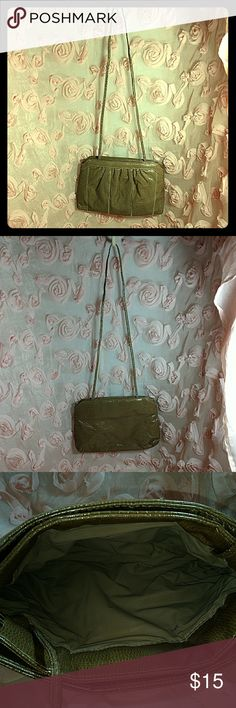Vintage Purse Truly Vintage Vinyl Purse With 3 Compartments. Pressure Hinges To Open And Close. Plastic Lining. A Few Pen Marks, Otherwise Good Condition. 11 1/2 Inches Wide, 7 1/2 Inches Tall. Total Strap Length 37 Inches, So Hangs About 18 Inches From Shoulder. Non-adjustable And Permanently Fixed Strap. Bags Shoulder Bags