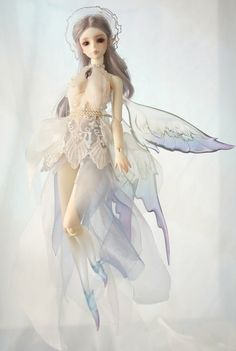 Another fairy by SOOM.  <3