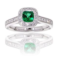 emerald stone engagement rings