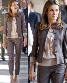 """Acquarius•lifestyle (@acquariuslifestyle) no Instagram: """"Queen Letizia of Spain #queen #letizia #spain #spanish #chic #style"""""""