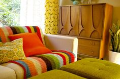 Vintage Furniture home-inspiration Mid Century Living Room, Mid Century House, My Living Room, Home And Living, Living Spaces, 70s Decor, Home Decor, Vintage Design, Retro Vintage