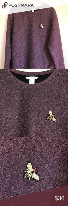 HM Embroidered Pink Small Shirt sweater lurexGlitz New without tags, gorgeous lurex style metallic fabric. This sweatshirt is a Gucci style HM brand garment. The design features a jewel bee insect embroidered motif. H&M Sweaters Crew & Scoop Necks