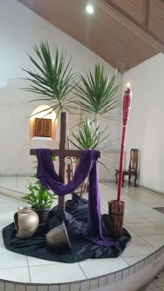 Lent Decorations For Church, Church Stage Design, Ash Wednesday, Kirchen, Worship, Candles, Crafty, Mocha, Altar Decorations