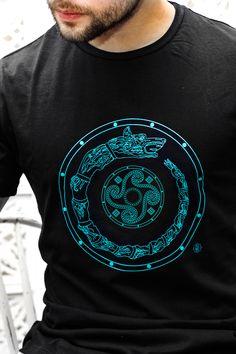 Tricou draconul dacic și simbol solar – Negru/ Shirt: Dacian dragon and the solar symbol - black T Shorts, Tattoo Designs, Barbie, Casual, Solar, Mens Tops, How To Wear, Shopping, Alchemy