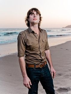See Robert Schwartzman pictures, photo shoots, and listen online to the latest music. Robert Schwartzman, Pretty People, Beautiful People, Ugly Boy, Dylan Thomas, Zachary Levi, Stud Muffin, Short People, Wtf Face