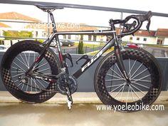 Bike with YOELEO 18K Glossy carbon clincher wheels 88mm